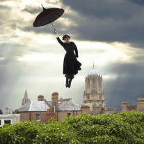 Katrice Horsley as Mary Poppins. Copyright Cambridge Jones.