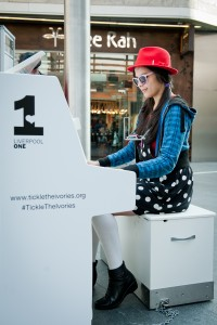 Lesley_Anne-Goode_Tickle_the_Ivories_Liverpool_One-11