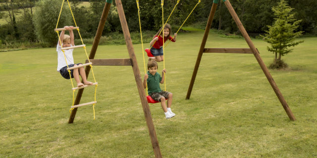 172250E3 Riga Swing Set - with Ladder