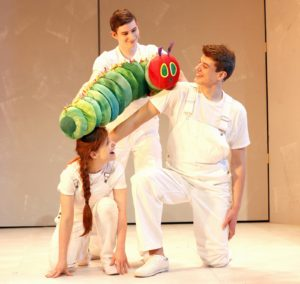 the-very-hungry-caterpillar-the-2016-new-york-cast-photo-by-carol-rosegg